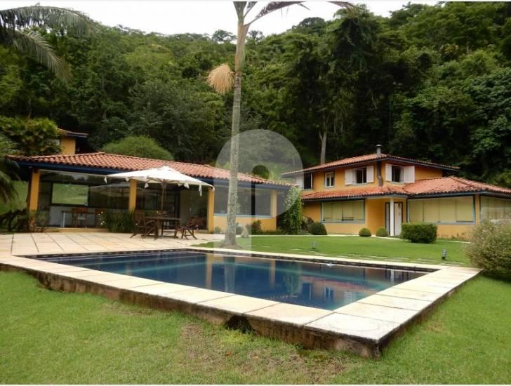 Casa à venda em Itaipava, Petrópolis - RJ - Foto 1