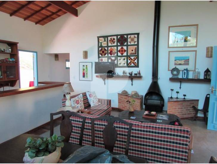 Casa para Temporada  à venda em Secretário, Petrópolis - RJ - Foto 6