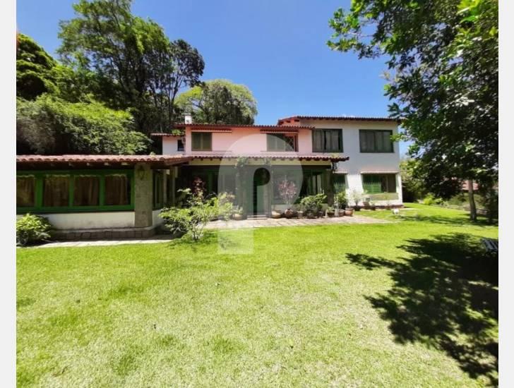 Casa para Temporada ,  para Alugar  à venda em Nogueira, Petrópolis - RJ - Foto 2