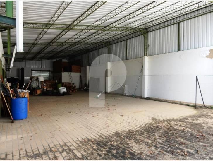 Galpão à venda em Fazenda Inglesa, Petrópolis - RJ - Foto 1