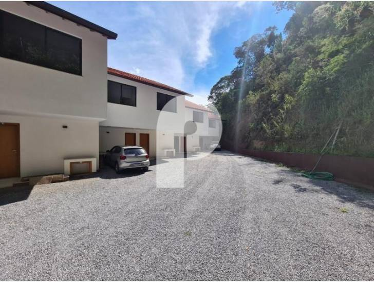 Apartamento para Alugar em Itaipava, Petrópolis - RJ - Foto 10